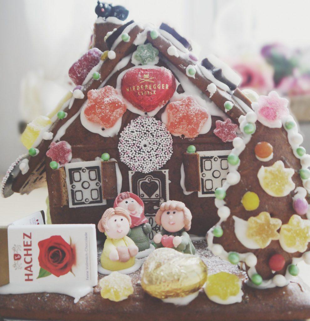 Hexenhaus, Figuren aus Zuckerguß, Maerchen, Weihnachten, Pineapples and Pumps, Fashionblog