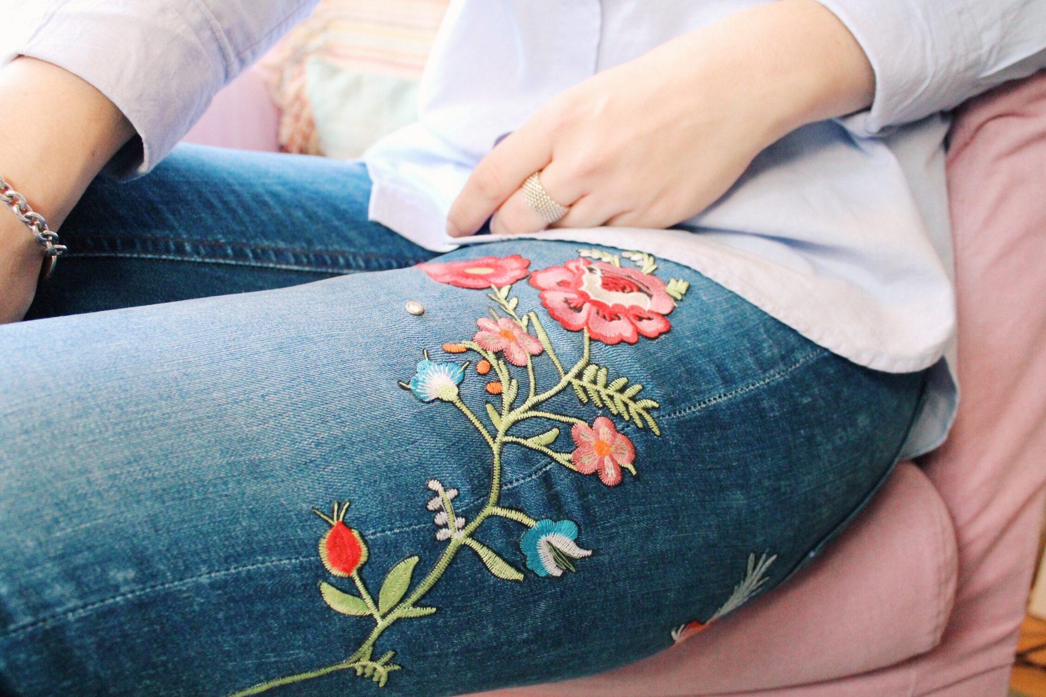 Embroidered Jeans – Ein Denim Trend