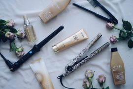 Redken, Haircare, Haarpflege, Libuté. Glaetteisen, Clipless Curler, Lockenstab, Rosen, blumen, Haarpflege, L'oréal Professionell, Beauty, Beautypost, Beautyblogger, Pineapples and Pumps, Muenchen, Munich, Lifestyle, Pflege, Care, Schoenheit, Wohlbefinden, Friseur, Profi, Blogpost, Wella, Lux Oil, Haaroel, Hairoil, Conditioner, Pflegespuelung, Maske, Shampoo, Haare, Frisur, Treatment
