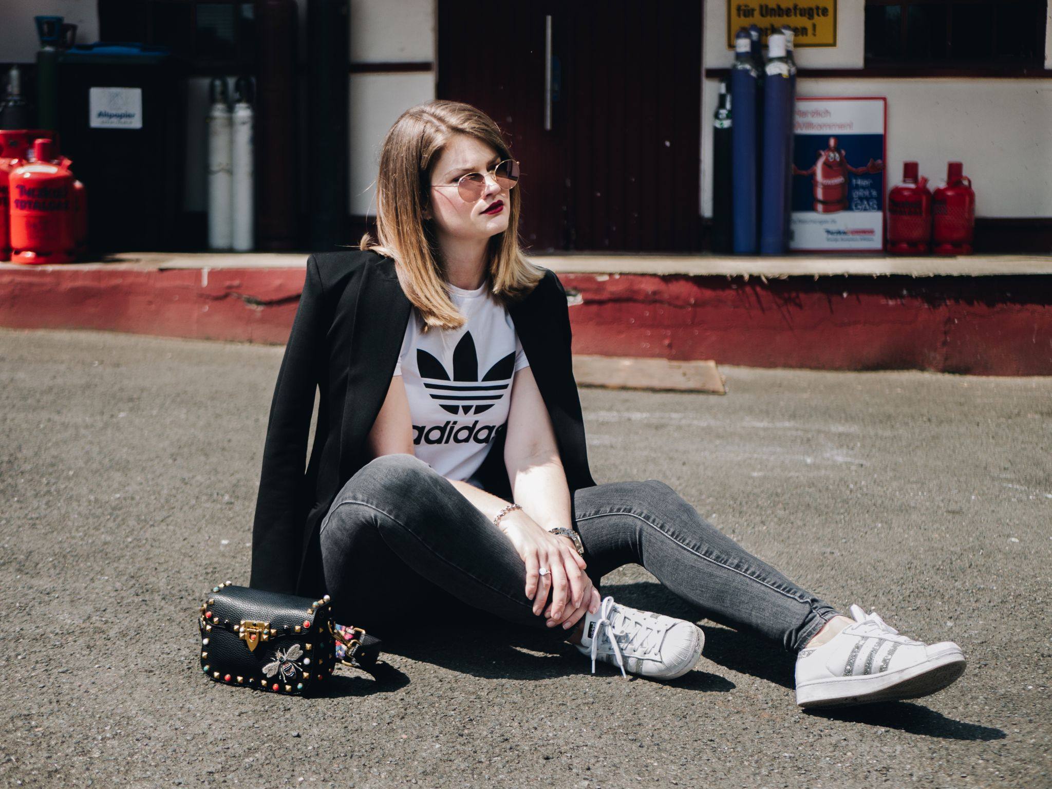 Be Original – Denim Streetstyle mit Adidas